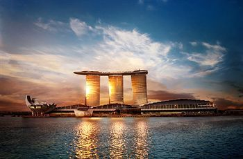 Marina bay hotel Singapore (courtesy of Marina bay's website)