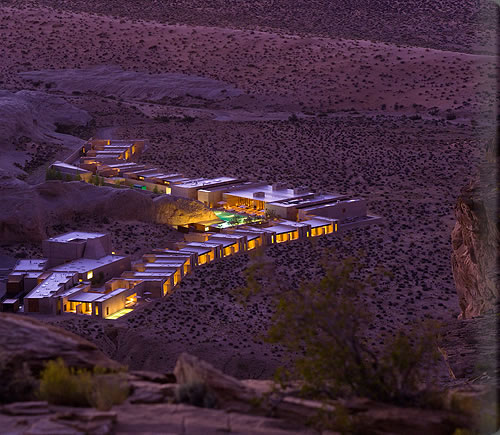 amangiri_exterior_full_view_night