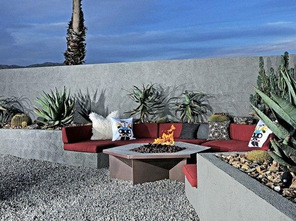 item1.size.hotel-lautner-desert-hot-springs-california-4-113106